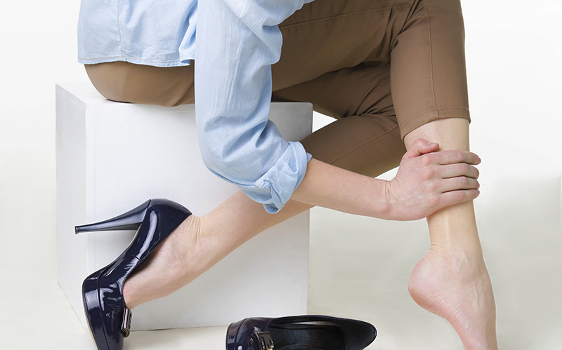 Do you have varicose veins or spider veins on your legs? In this article, we will show you how to find the best Illinois vein doctor near your location.