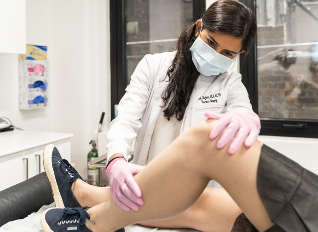 While scheduling an appointment at the best spider vein and varicose vein center in LI, you may wonder what you can expect. This article highlights the vein center's vein treatment process.