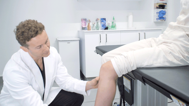 If you are considering getting spider and/or varicose vein treatment, you will have heard of endovenous laser treatment as a commonly used vein treatment procedure. Endovenous laser treatment sounds like a difficult and daunting procedure, and you will rightly have many questions about it. You may be wondering how much the treatment would cost, whether your insurance covers the costs of treatment, and what to expect after getting treatment. Whatever questions and worries are plaguing you, we will answer them all here today! At the Vein Clinic in California, you will be treated by the very best vein doctors in California who use state-of-the-art medical equipment and the most advanced procedures to help you say goodbye to spider and varicose veins.